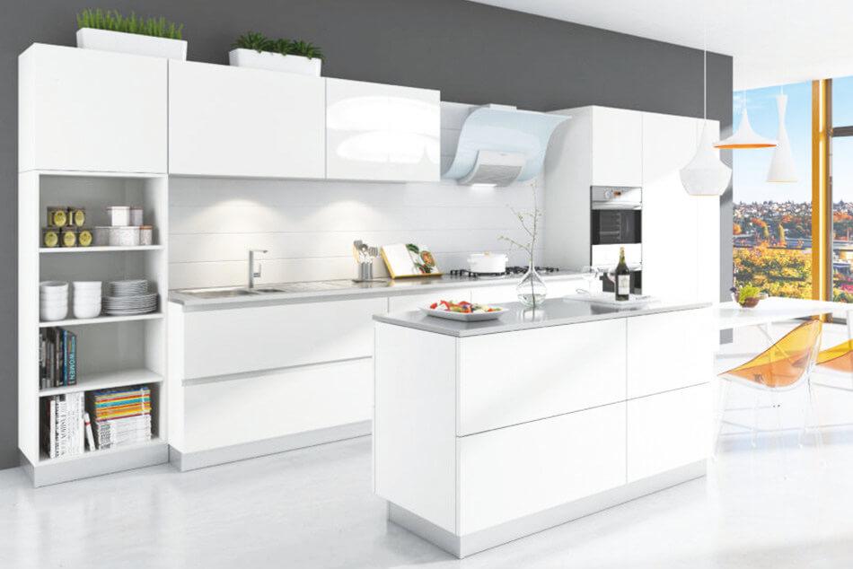 Sunny White Kitchen Style